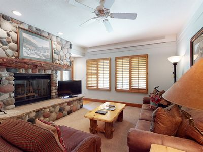 Photo for Comfy 1st-floor retreat w/balcony/shared pools & hot tub - walk to lifts!