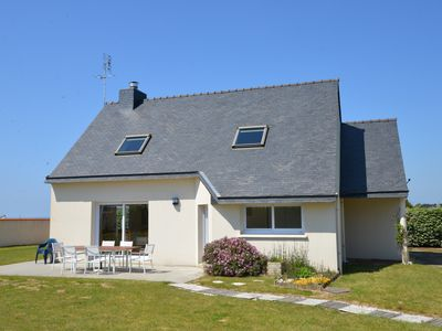 Photo for Beautiful house by the sea for 6 people in Trézien