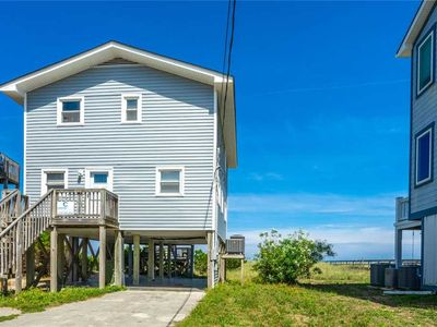 Photo for Hughes House: Rustic 3 Bedroom Oceanfront with Private Beach Access and 2 Living Areas.