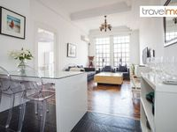 We had a amazing time in this apartment. The apartment has a wonderful interior design and a very