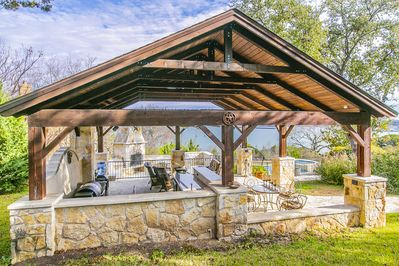 Resort-style pavilion with tons of outdoor amenities