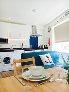 Photo for Apt 8 is a modern 1 bed flat 1 mile from the beach