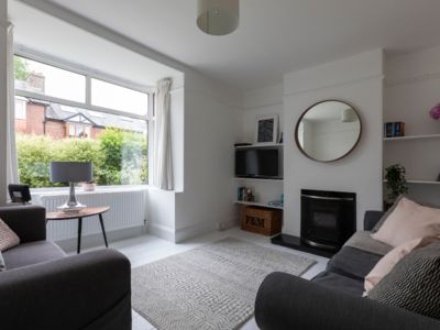 Photo for Totnes, light, airy, modern 3 bed terrace house, own parking, 5 mins from centre