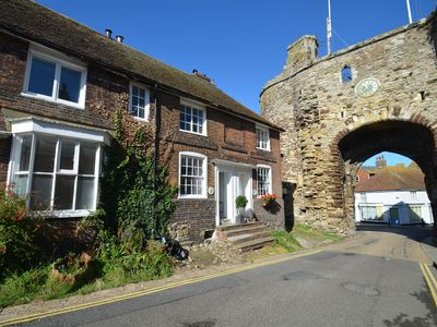Photo for Endeavour Cottage - Rye