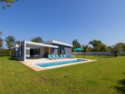 Photo for Luxury brand new villa with pool