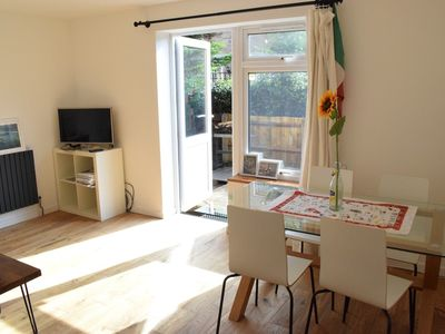 Photo for 2 Bedroom Apartment in Elephant & Castle
