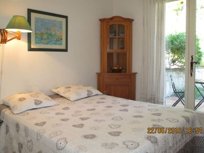 Photo for In villa, charming studio 2 pers with terrace in St Paul de Vence