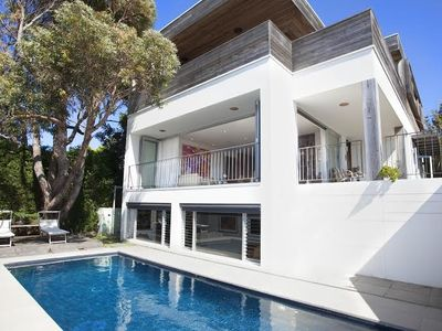 Photo for Hollywood Hills in Coogee with pool