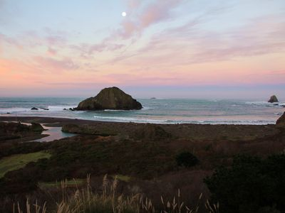 Photo for Oceanfront Cottage with Beach Access on Spectacular Mendocino Coast