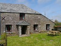 Spacious, yet cosy cottage with lovely views and walks