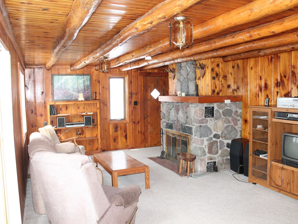 Knotty Pine Retreat On 200 Acre All Sports Jewell Lake W