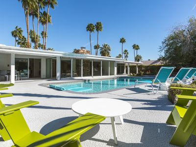 Photo for Midcentury Modern Architecture with Modern Amenities