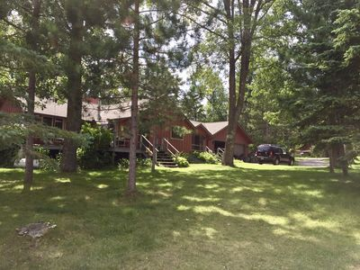 Northwoods Retreat on Bad Medicine: Prime swimming, watersports and snowmobiling