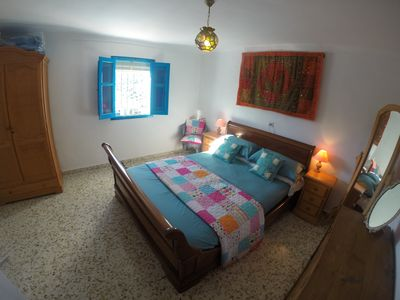 Main bedroom with king-size bed