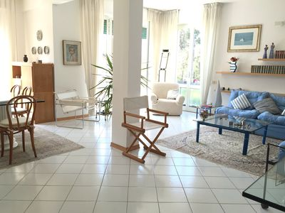 Living room of about 40 square meters