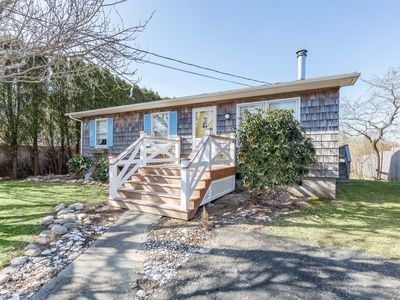 Photo for Ditch Plains Cottage, Montauk NY  2bedroom/1 bath short walk to beach