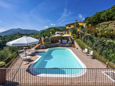 Photo for 3BR Villa Vacation Rental in Cantagrillo, Tuscany