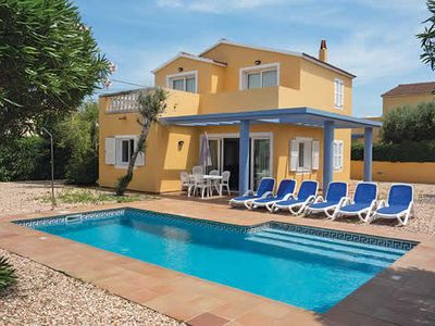 Photo for Comfy villa with all modern amenities, located close to bustling town with beach