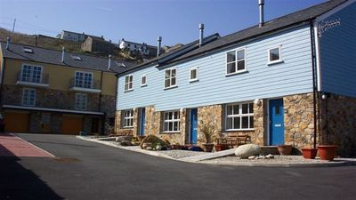 Photo for 6 Harbour Mews Sleeps 6 (3 Bedrooms)