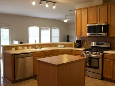 Photo for Lovely starter home great for families relocating with pets