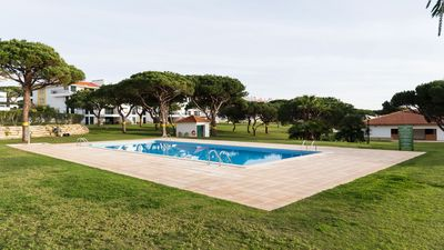 Photo for Penthouse with private roof terrace in Vila Sol Village close to golf & beaches in Vilamoura