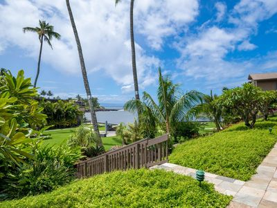 Photo for Spring Dates OPEN - One Bedroom Kahana Sunset B2B with direct ocean and sunset views!