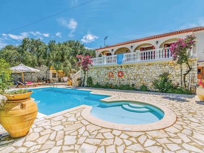 Photo for 3 bedroom villa w/ free Wi-Fi, air con, private pool & outdoor dining