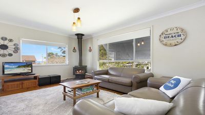 Photo for Blue Waters Cottage - 120m to Jervis Bay