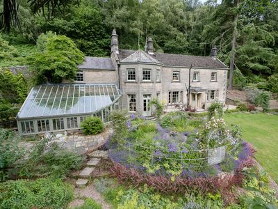 Photo for 5 bedroom accommodation in Matlock