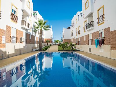 Photo for Step Magenta Apartment, Wifi, Balcony, Swimming pool
