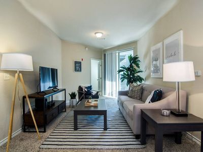 Photo for Two Bdrm Near Beale St. - Sleeps 6!