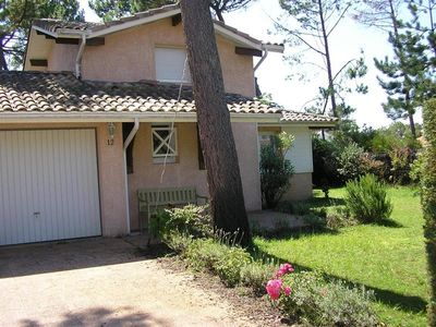 Photo for 5-perosn adjoining house in a residential neighborhood - Biscarrosse Plage