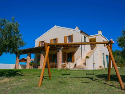 Photo for Private villa with pool, air-conditioning, wi-fi, Le Marche,Adriatic Coast