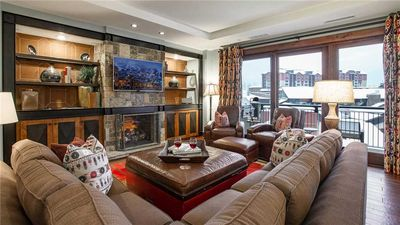 One Steamboat Place: Mt. Yale #611 - Slopeside Luxury 4BR