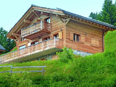 Photo for A new 12 person chalet with sauna and jacuzzi.