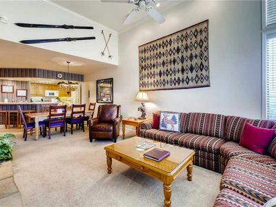 Photo for 3 Bedroom Plus Den Townhome w/Private Deck, Pool Access & More!