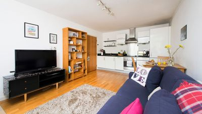 Photo for Beautiful and Bright 1BR Flat in Islington