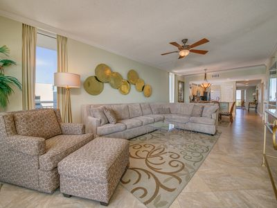 Photo for 10th Floor Charming, Open Condo, Views, Beach Chairs Included