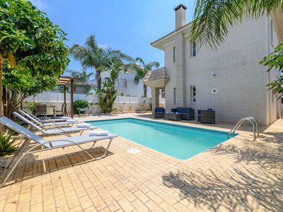 Photo for Villa Clementine - Two Bedroom Apartment, Sleeps 4