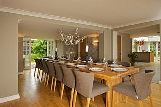 16 seater dining table