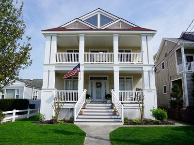 Photo for Beach Happy! Great Location! Family-friendly, 2nd floor with Rooftop Deck.