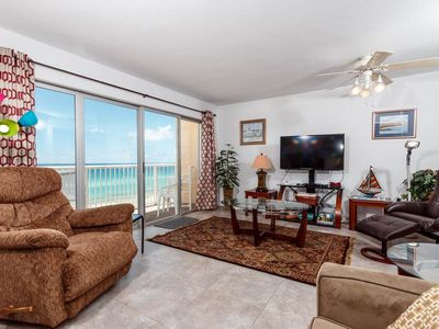 Photo for Bright. Open unit, Beach chairs included, Quick drive to entertainment