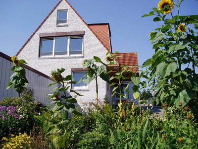 Photo for 2-room apartment 2, 45 m², terrace - house Freese