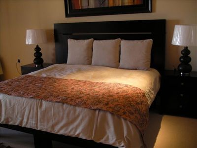 King bed in Mater suite.