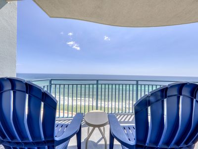 Photo for Nautical-themed beachfront condo w/ shared infinity pool, hot tub & gym!