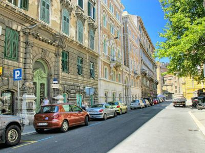 Photo for Three bedroom apartment with air-conditioning Rijeka (A-14061-a)