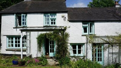 Photo for Quintole Cottage - Four Bedroom House, Sleeps 8