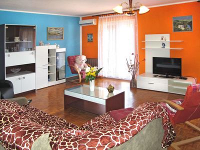 Photo for Apartment Haus Lina (PUL305) in Pula - 5 persons, 2 bedrooms