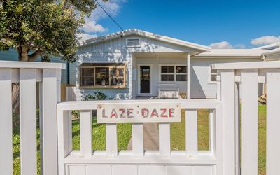 Photo for Laze Daze - Dog friendly with a short walk to beaches