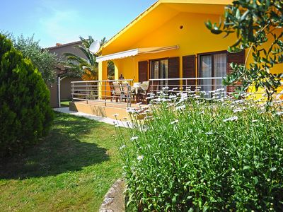 Photo for Holiday house Medulin for 1 - 6 persons with 3 bedrooms - Detached holiday house